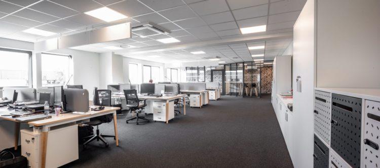 Aménagement du siège social de AJP XEROX par Awen Styles